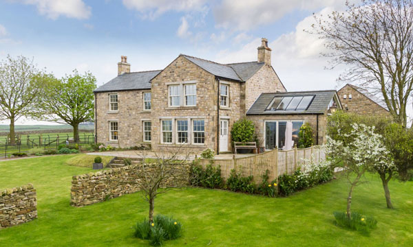 COUNTRY HOUSES FOR SALE IN YORKSHIRE